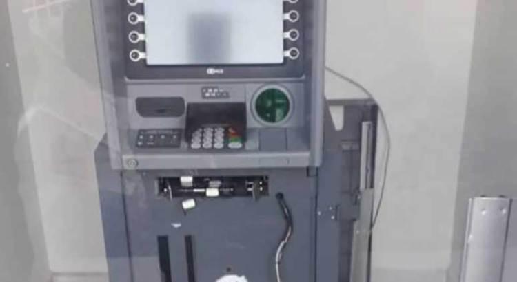 Trataron de abrir el cajero automático ubicado en Finanzas