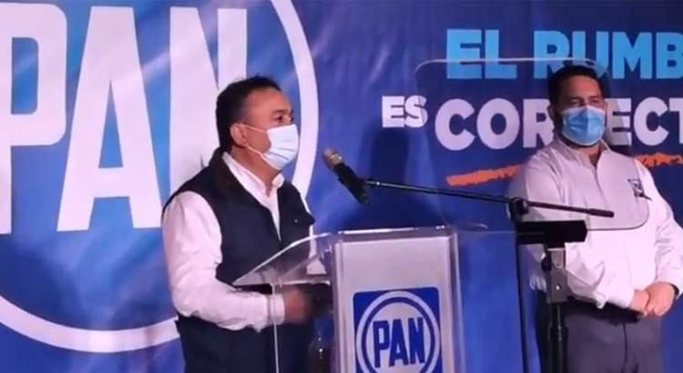 """""""Aquí caben los de Morena"""""""