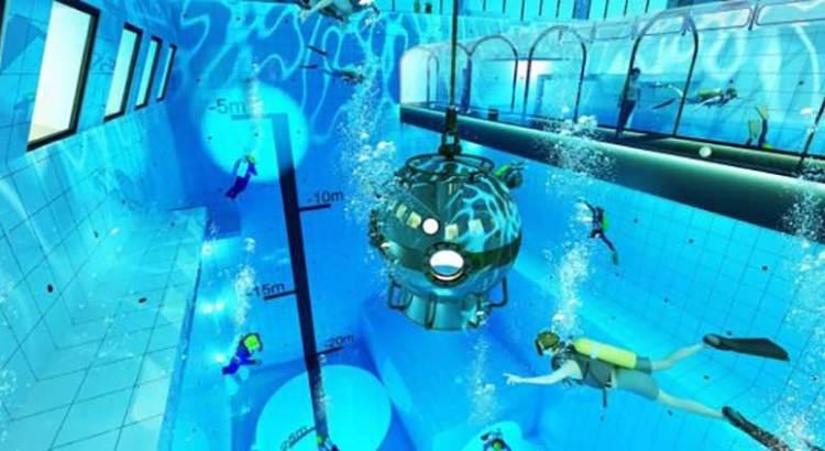Echate un clavado a la piscina más profunda del mundo