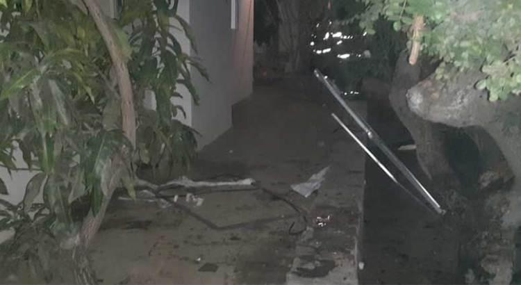 Dos lesionados en explosión de vivienda