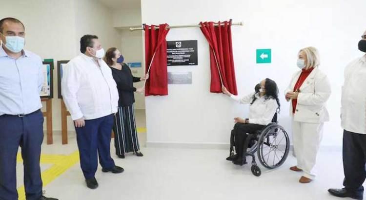 Entrega Carlos Mendoza y Gabriela Velázquez nuevas instalaciones del Instituto para la Inclusión de Personas con Discapacidad
