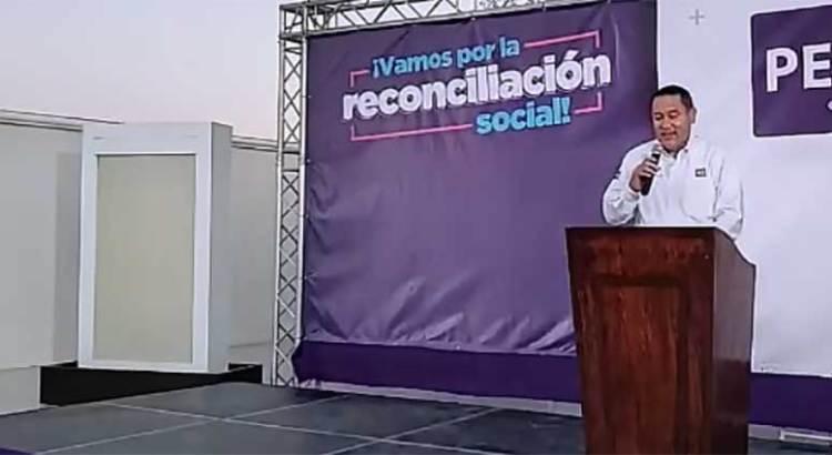 Se registra Adonaí Carreón