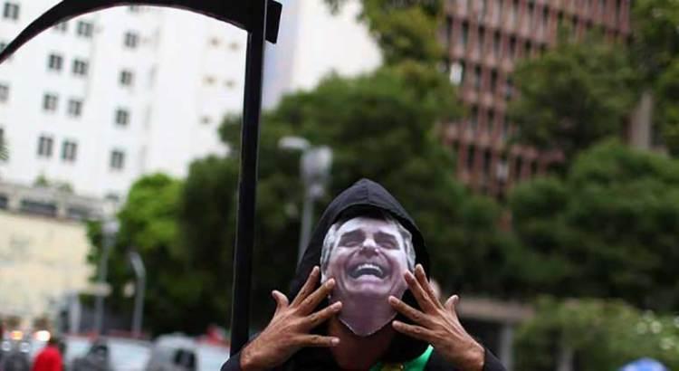 """Es la pandemia covid una """"bomba de tiempo"""" para Brasil"""