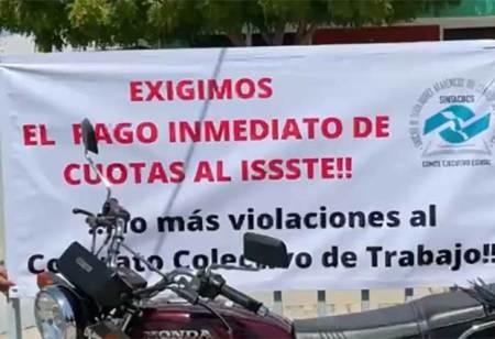 Se manifestaron  trabajadores de CONALEP