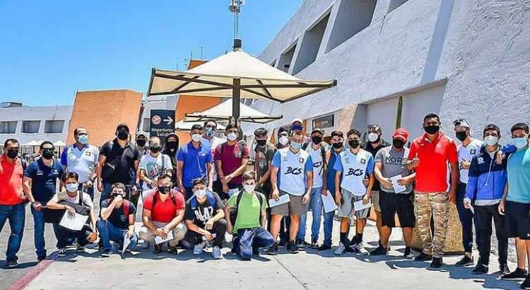 Buscan luchadores sudcas su pase a Juegos Nacionales