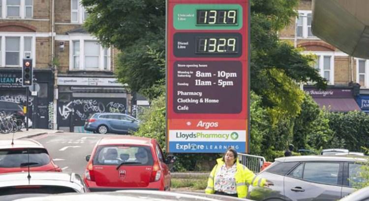 Pega la escasez de combustible a Reino Unido