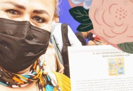 Alejandra Estrada: El florero de Oscar Leggs