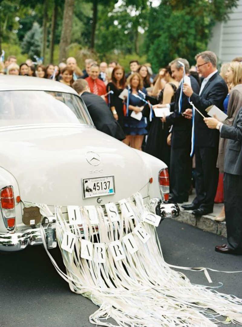 pita belakang mobil pernikahan
