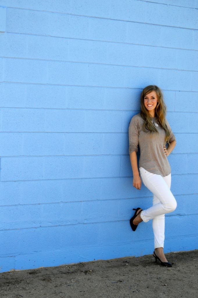 Transition into Fall and how I don't give up wearing white pants after labor day