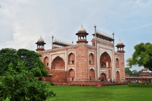 Taj Mahal in Agra. Places to see in India
