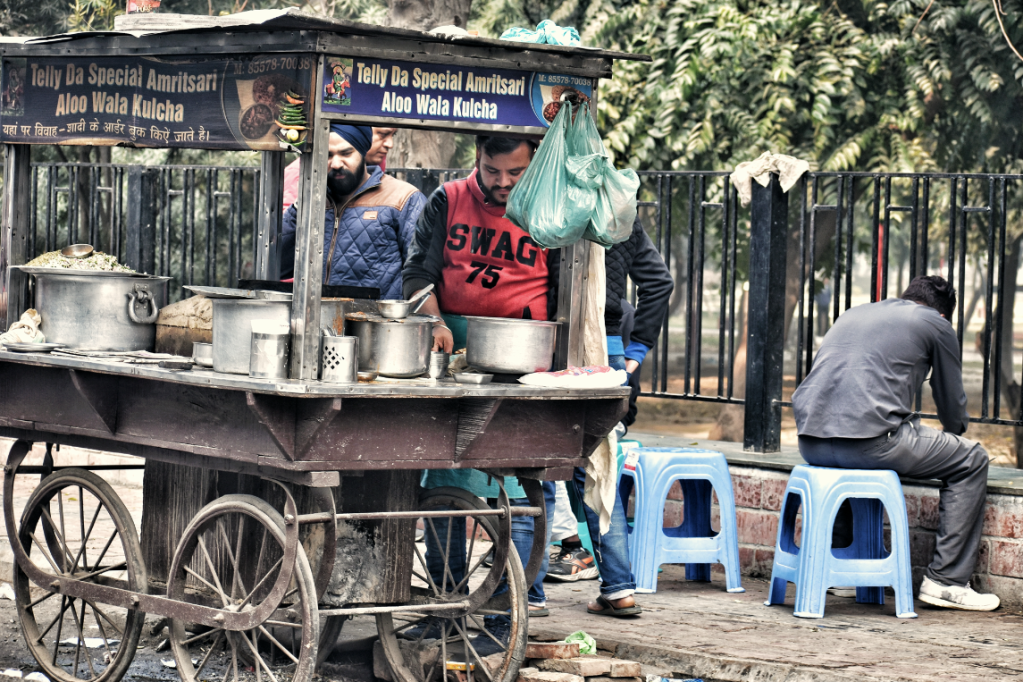 Kulche Wala in Amritsar - life in the city