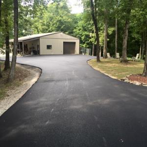 Asphalt driveway paving with parking area | Penninger Asphalt Paving, Inc