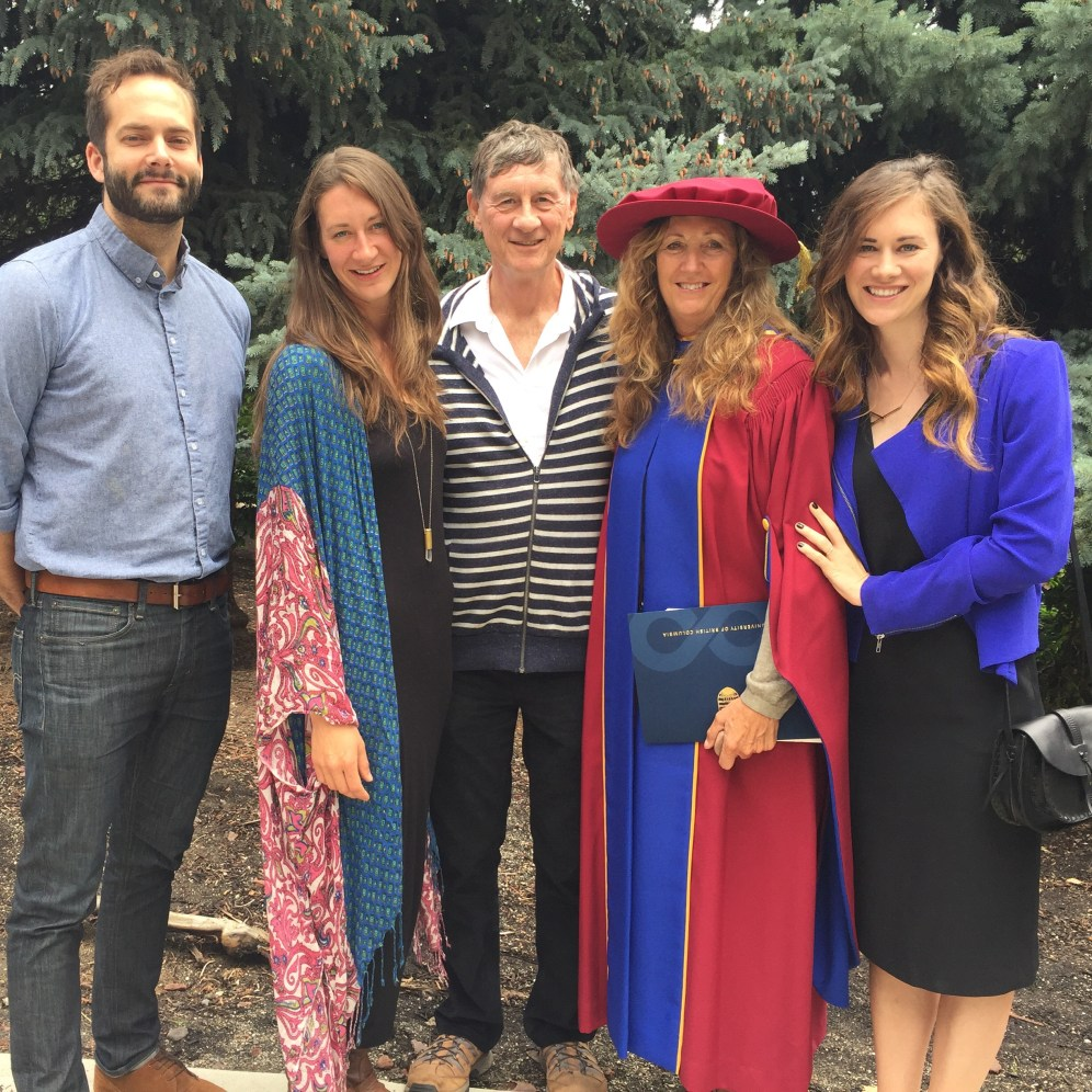One of the reasons we wanted to be in Kelowna for June, was Penny's convocation. A great opportunity for family pictures... just missing Evan.
