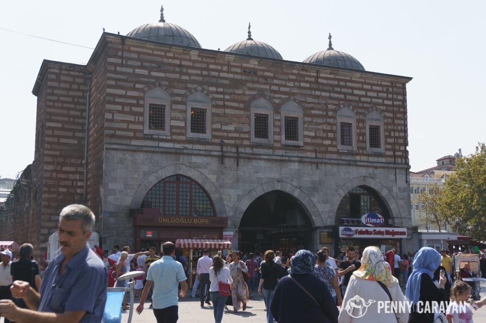 Shopping in Istanbul - Penny Caravan