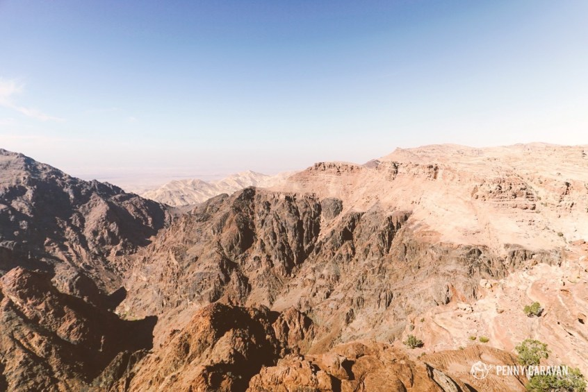 Looking over the edge into the Wadi Araba.