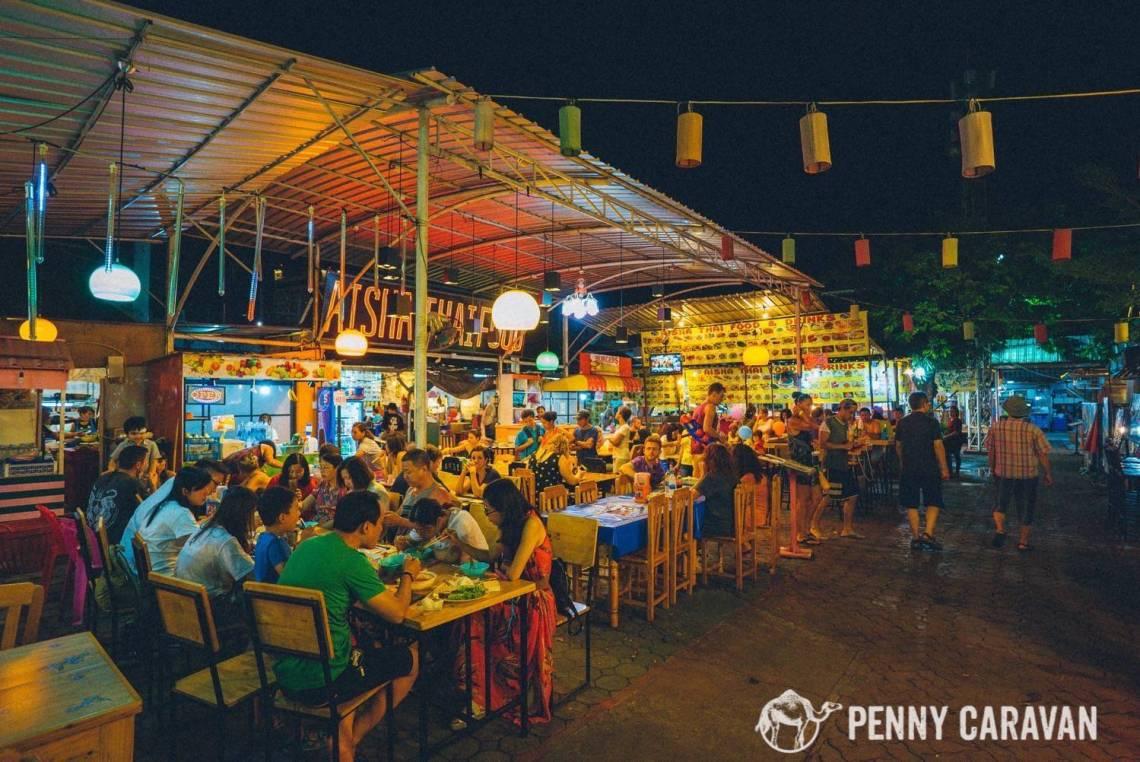 Chiang Mai Night Bazaar-19