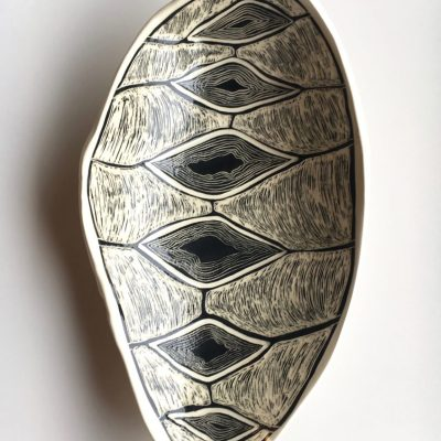 1100 6 Sisters long Coolamon Platter