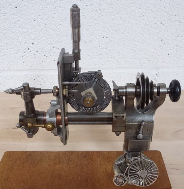 small gear and pinion cutting machine 001