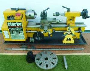CLARKE 300 MM VARIABLE SPEED LATHE