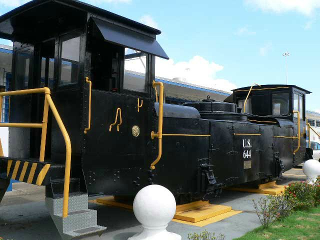 Original locomotive for guiding ships in the canal