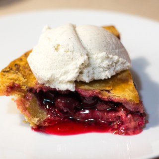 Baking Adventures: Vegan & Gluten Free Cherry Pie (Happy Twin Peaks Day!)