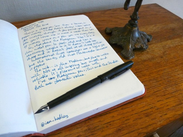 Platignum Vibe fountain pen 1