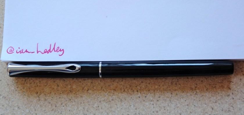 Diplomat Traveller fountain pen capped