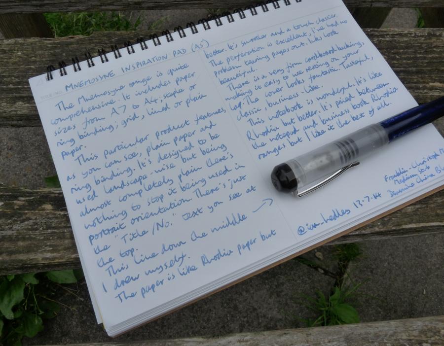 Maruman Mnemosyne Inspiration Pad with pen