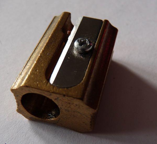 DUX Single hole brass