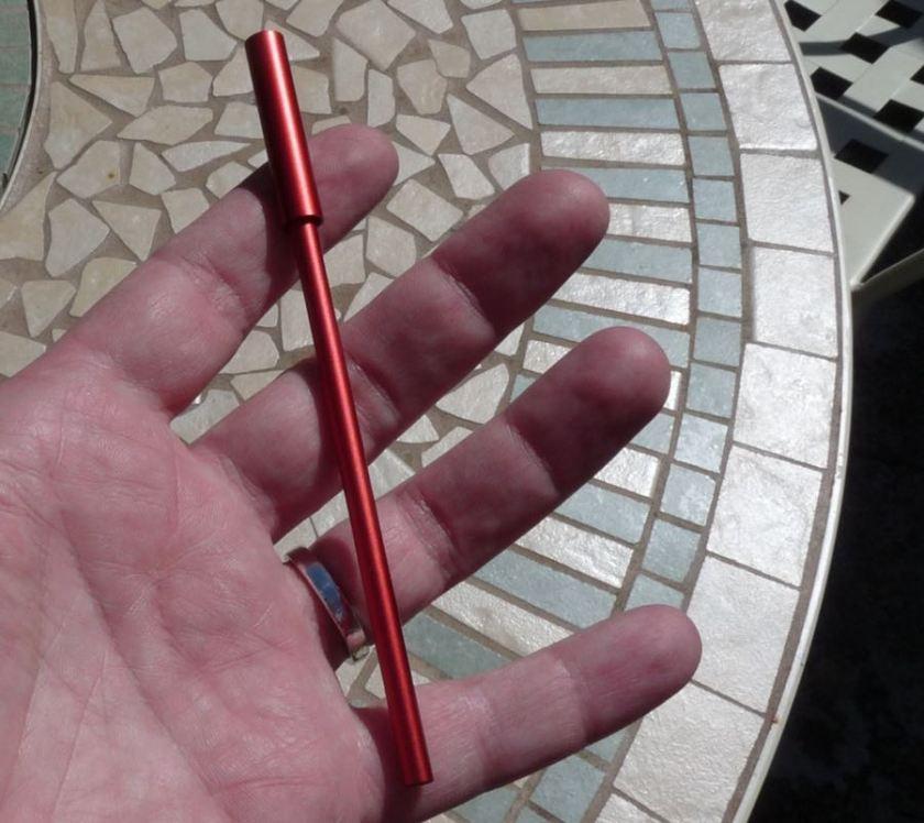 Ensso Pen Uno in hand