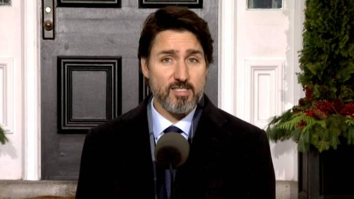 Click to play video: 'Coronavirus: Trudeau pleads with young people to download COVID Alert app'