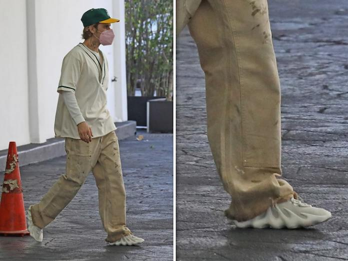 Justin Bieber Rocking Kanye's Sold-Out Yeezy 450 in Cloud Whites