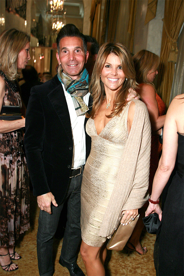 Mossimo Giannulli Wants To Do Sit-Down Interview With Lori Loughlin – Hollywood Life