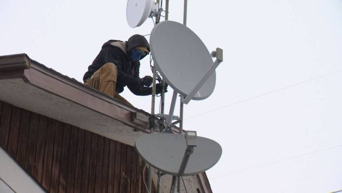 Click to play video: 'Wood River Controls brings internet to rural Sask. residents'