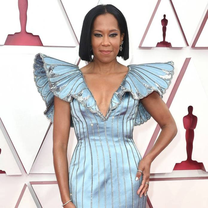 Regina King Was Fabulously Candid During Her Oscars Opening Monologue