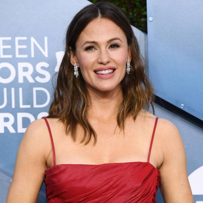 See Jennifer Garner Practice Ballet for First Time in 20 Years