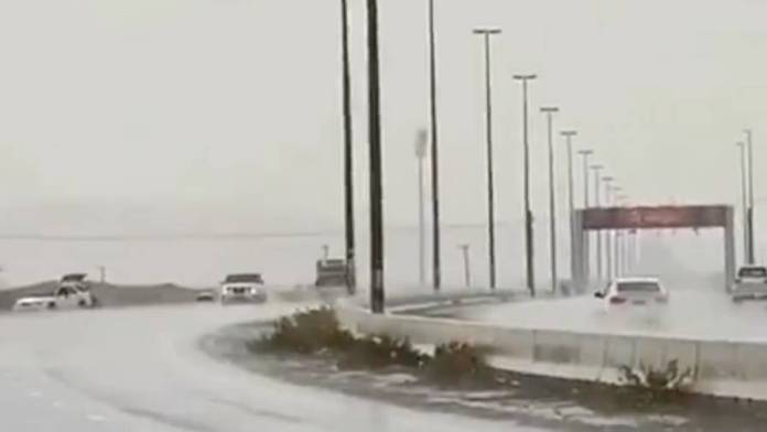 Video: Heavy rains hit UAE for third time in 4 days - News