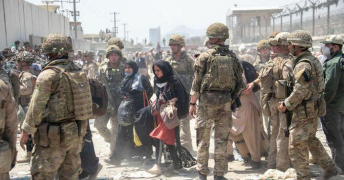 U.S. scrambles to evacuate thousands from Afghanistan