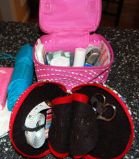 Car_sewing_kit_and_first_aid_kit
