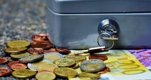 האם כדאי למשוך כספי פיצויים?