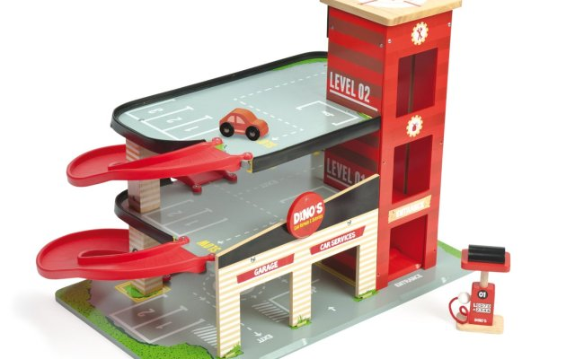 Le Toy Van Dino S Red Garage Toy Garages Wooden Toys Ebay