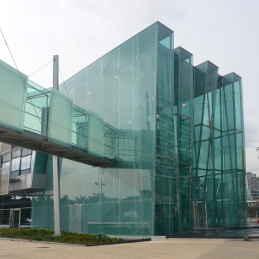 Fachadas de Vidrio Templado  FITECHNIC  Pentagonal
