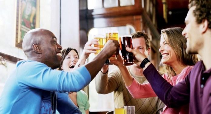 pub-cheers