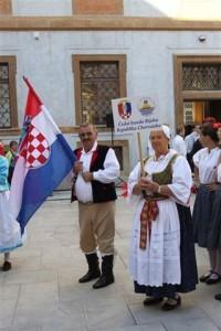 češka narodna nošnja
