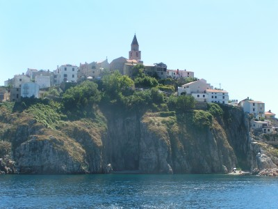 Vrbnik_on_the_cliff