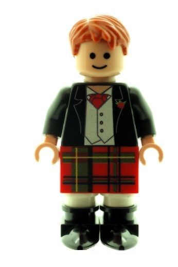 Scottish Wedding Groom Best Man Figure In Red Kilt