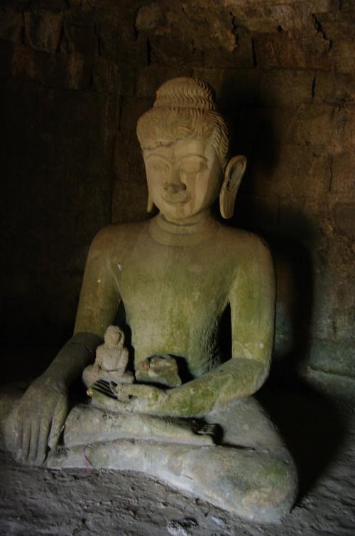 bouddhas, grand et petit