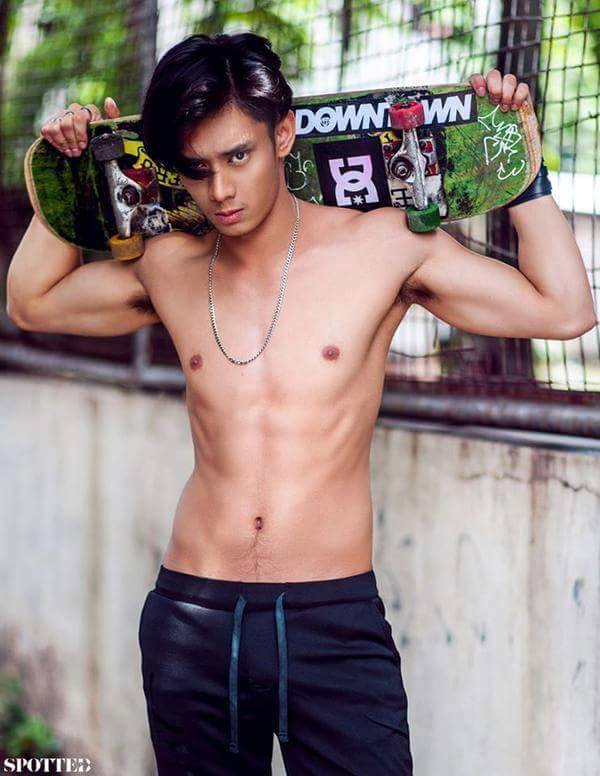 Luis Hontiveros Shirtless