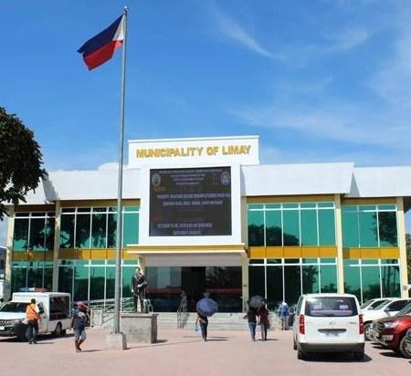 Limay Municipal Hall