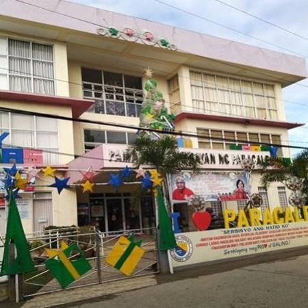 Paracale Municipal Hall